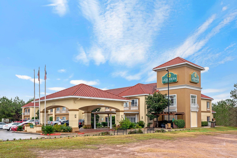 La Quinta Inn Suites By Wyndham Conroe Conroe Tx Hotels