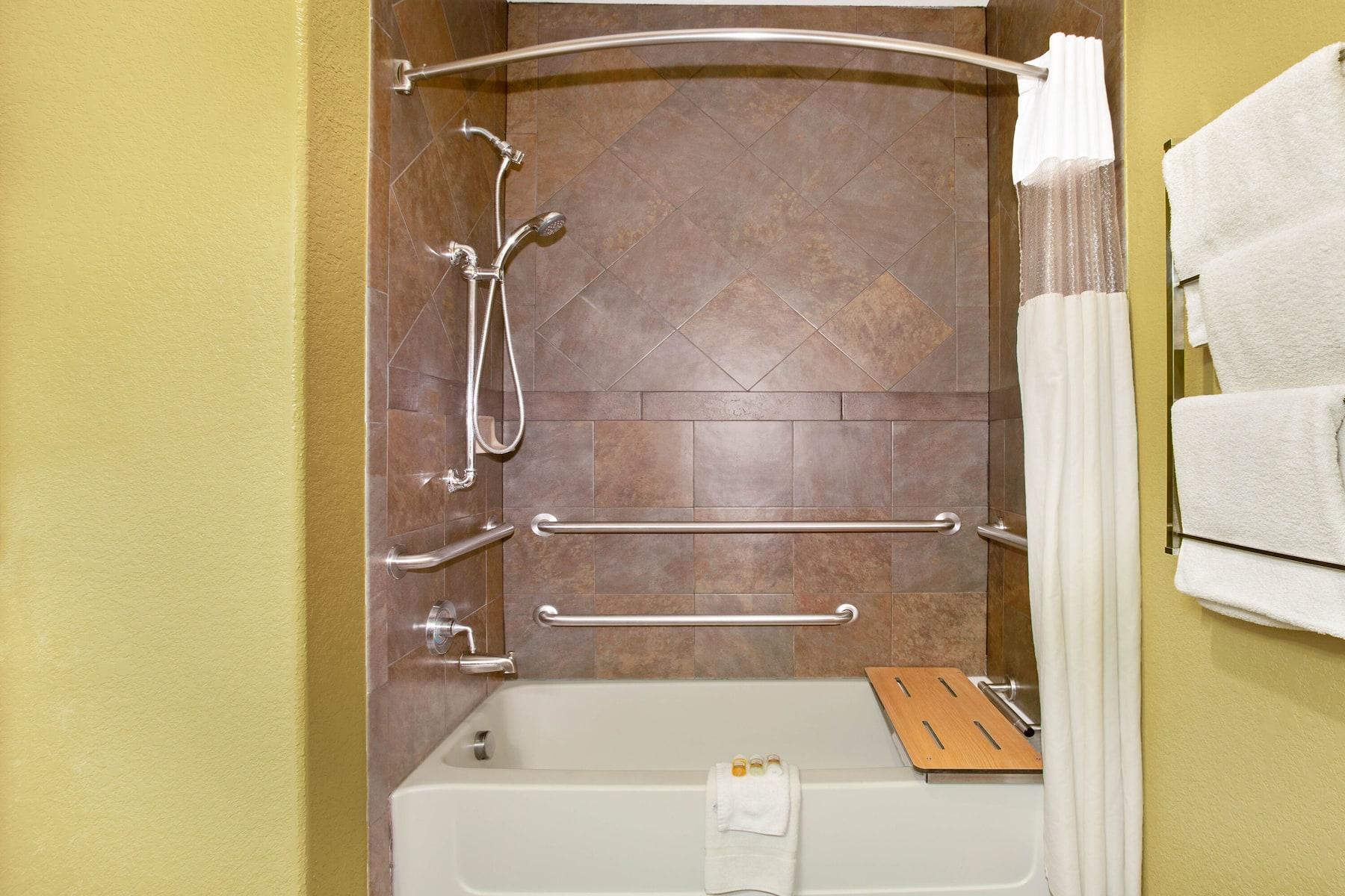 La Quinta Inn Amp Suites By Wyndham Marble Falls Marble