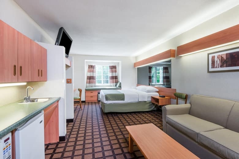 Microtel Inn Suites By Wyndham Uncasville Suite In Connecticut
