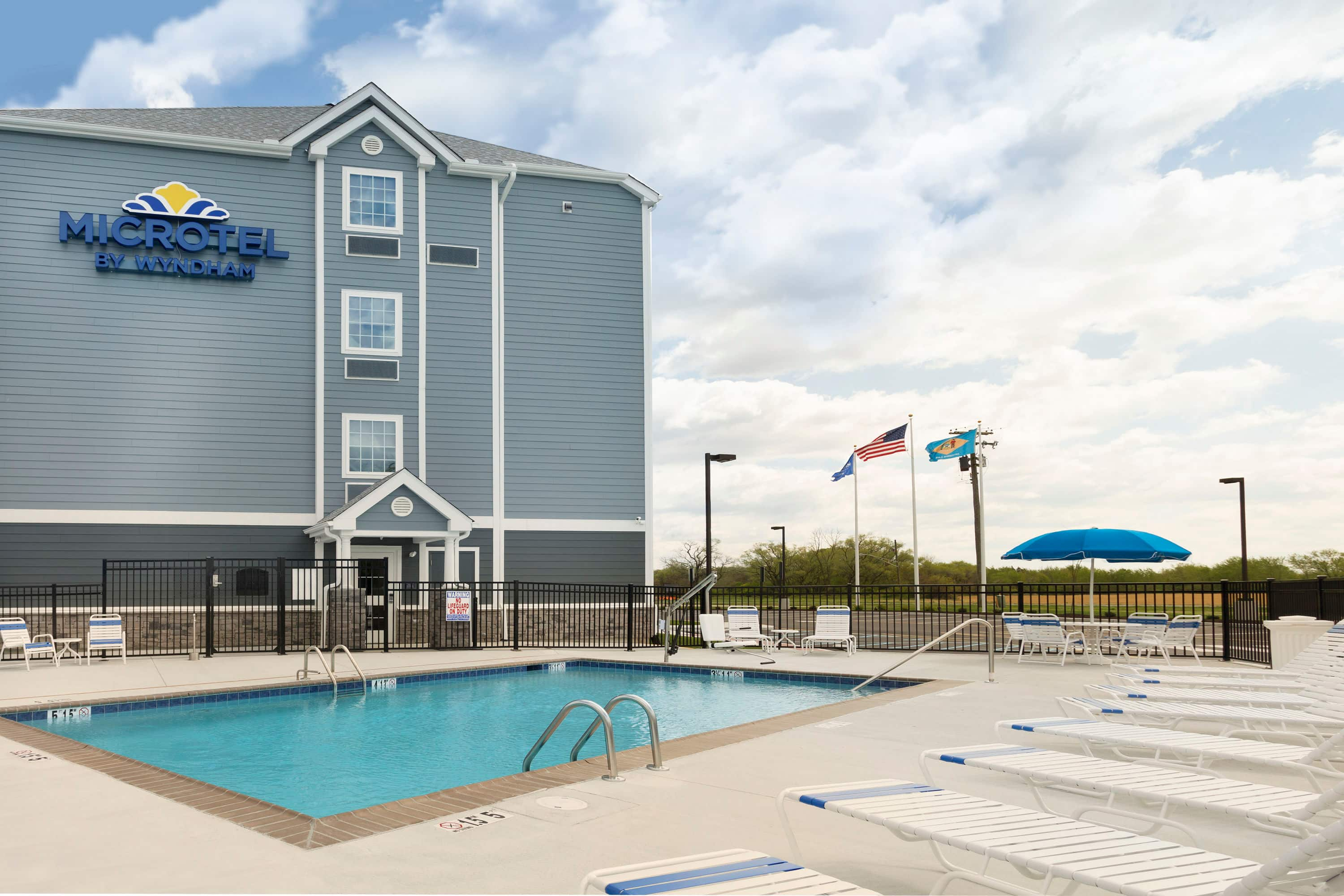 Pool At The Microtel Inn U Suites By Wyndham Georgetown Delaware Beaches In With Hotels Near Millsboro De