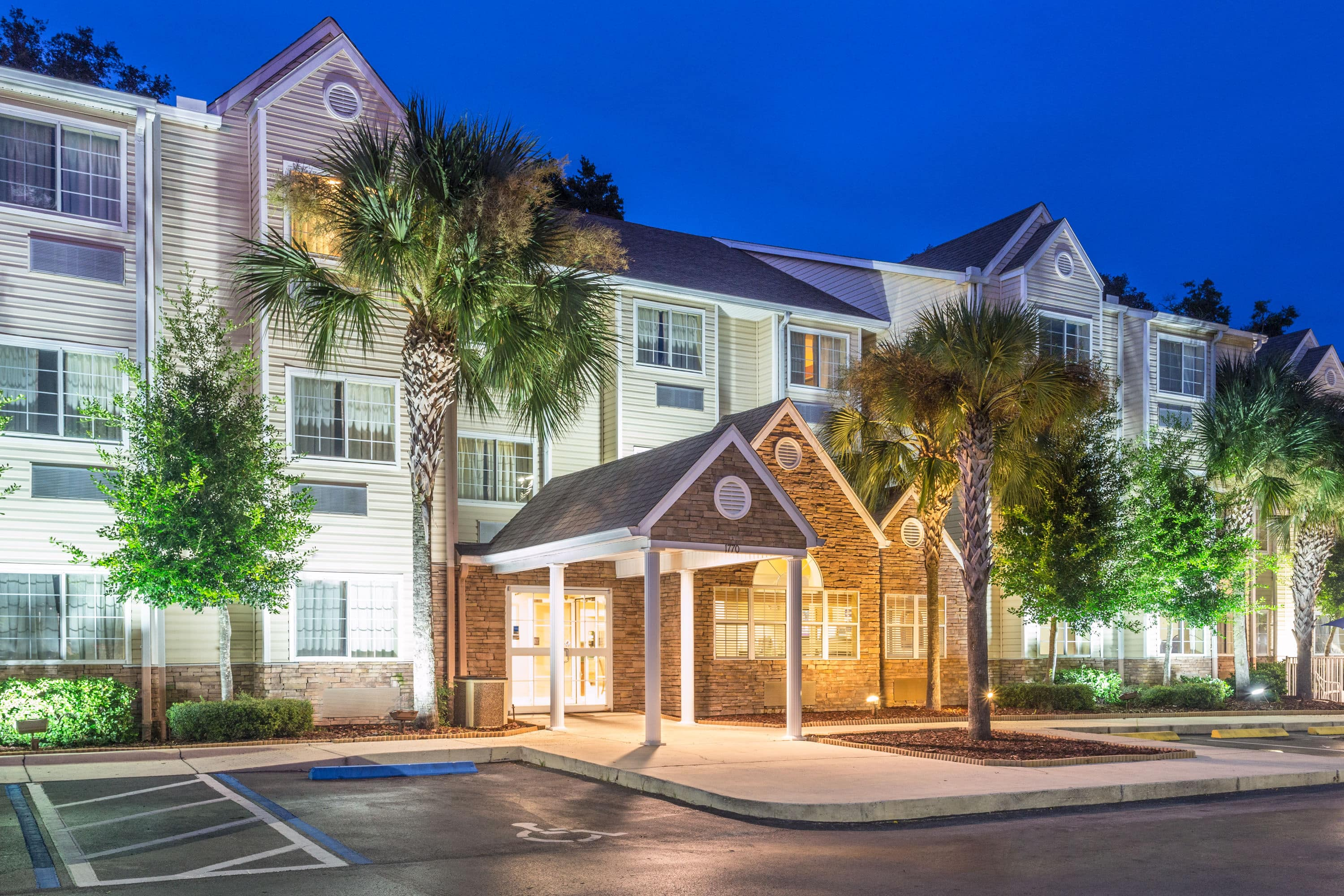 Hotels Near Wildwood Fl Excellent Live Large But Pay Less At The