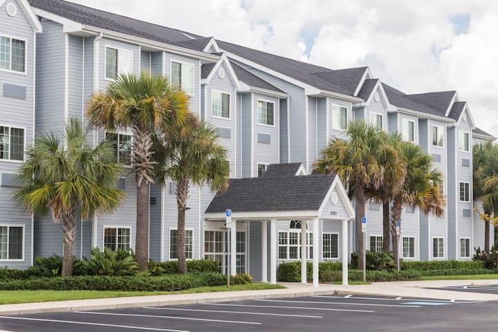 Microtel Inn Suites By Wyndham Spring