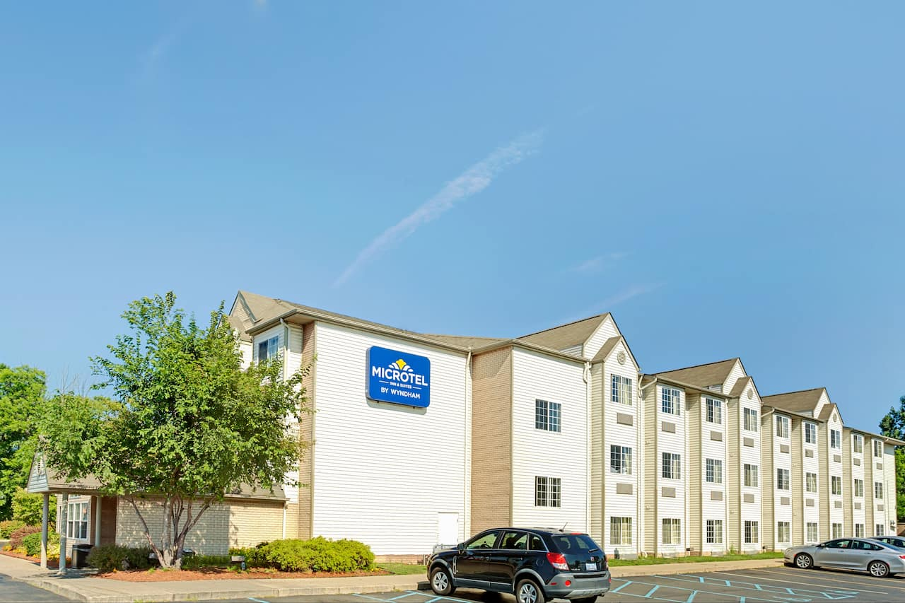 Microtel Inn & Suites by Wyndham Roseville/Detroit Area in  Windsor,  Ontario