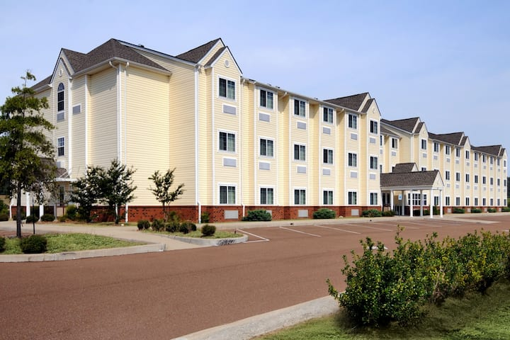 Exterior Of Microtel Inn Suites By Wyndham Tunica Resorts Hotel In Robinsonville Mississippi