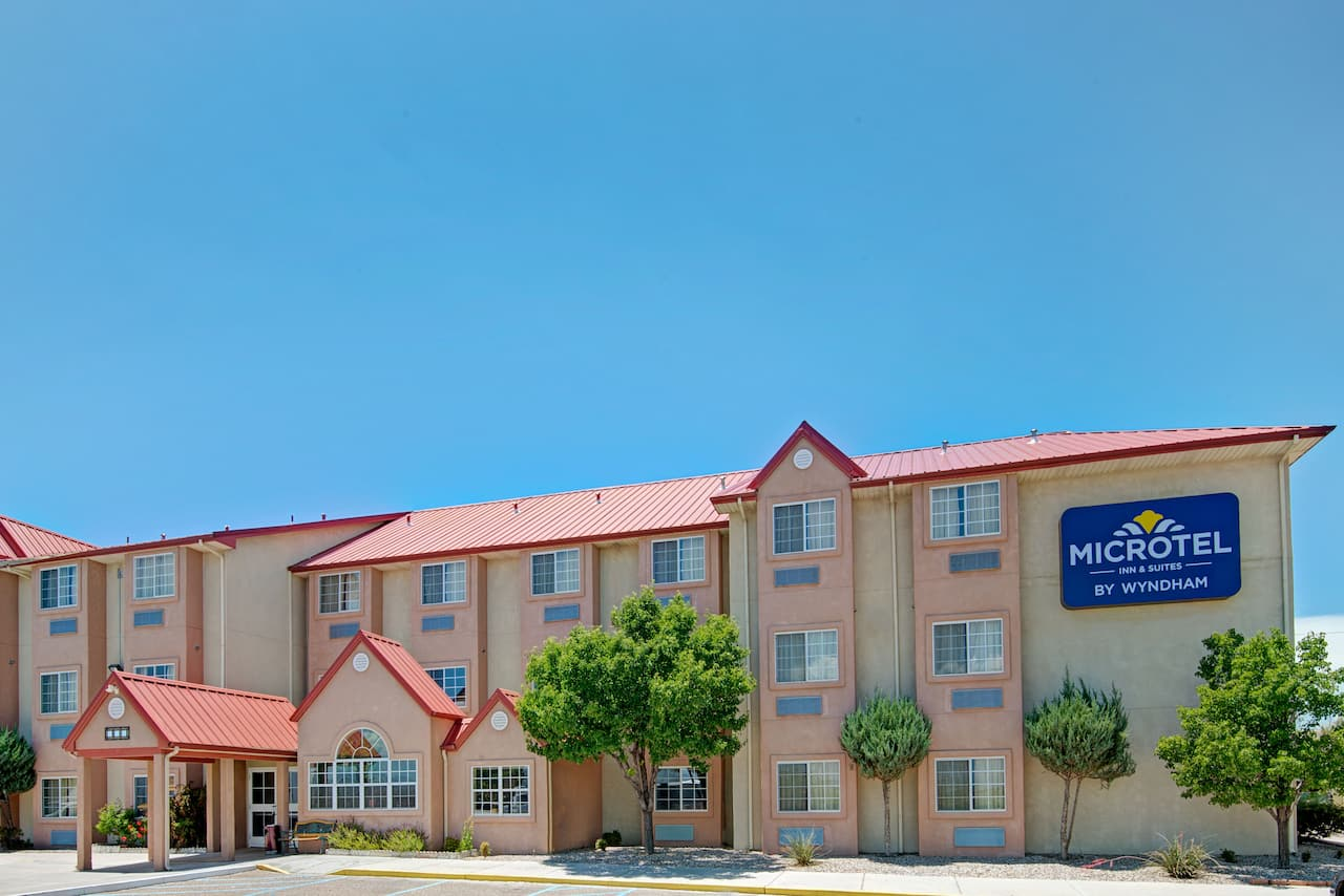 Microtel Inn & Suites by Wyndham Albuquerque West in  Albuquerque,  New Mexico