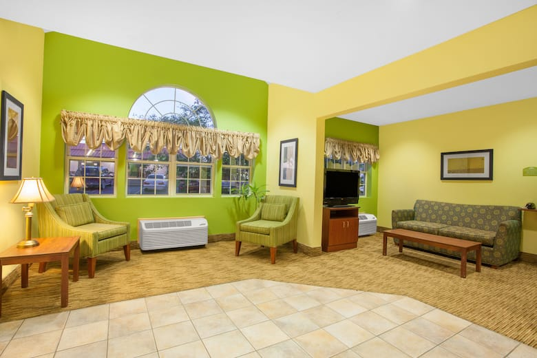 Microtel Inn Suites By Wyndham Springville Hotel Lobby In New York