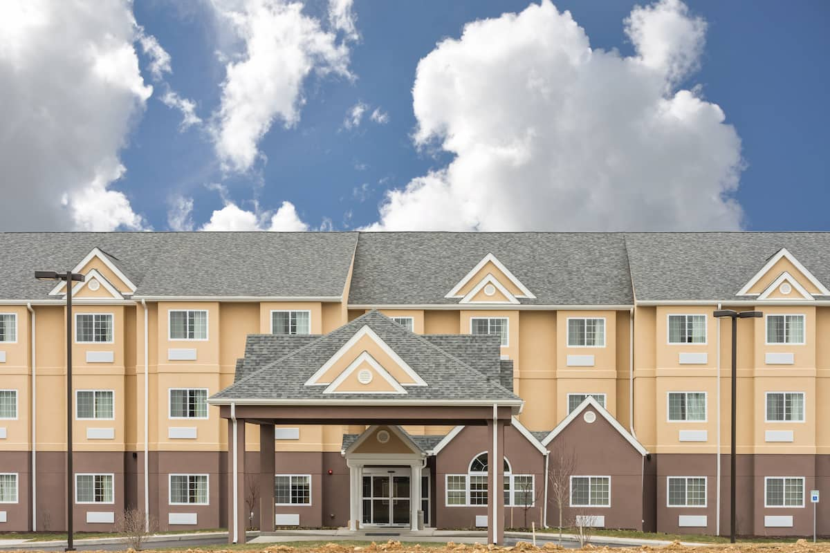 Exterior Of Microtel Inn Suites By Wyndham Beaver Falls Hotel In Pennsylvania