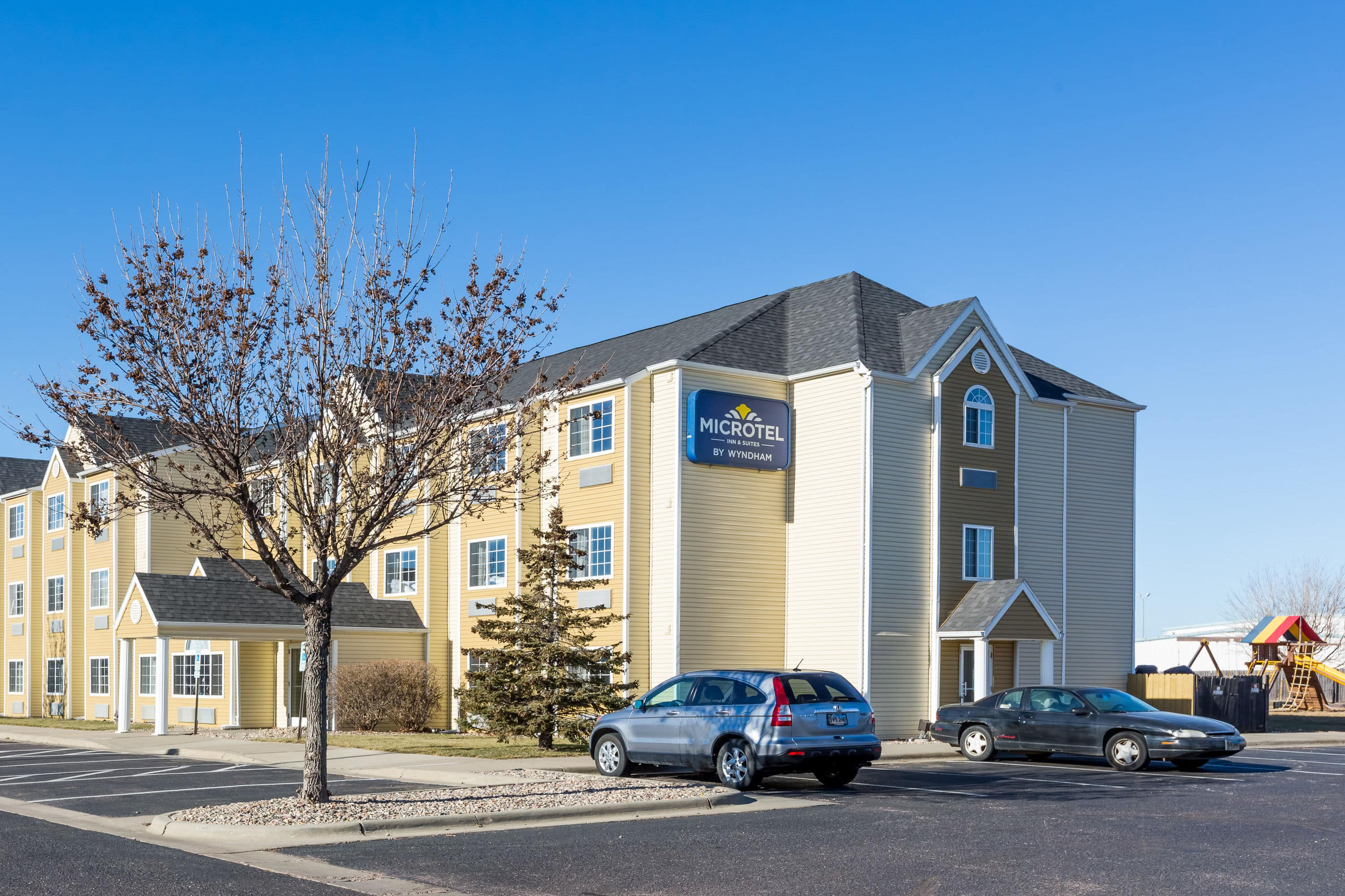 Microtel Inn & Suites by Wyndham Sioux Falls | Sioux Falls, SD Hotels