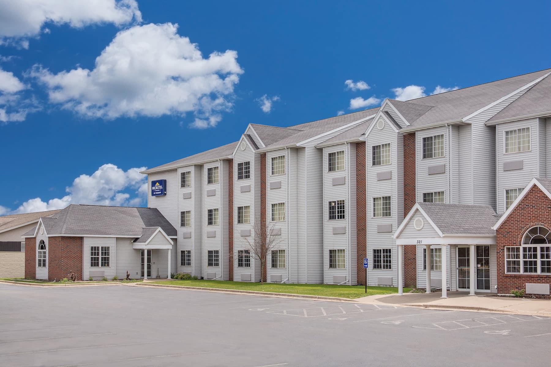 Microtel Inn Amp Suites By Wyndham Appleton Appleton Wi