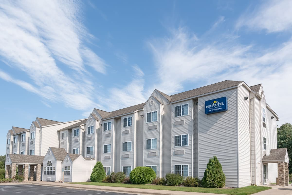 Exterior Of Microtel Inn Suites By Wyndham Rice Lake Hotel In Wisconsin