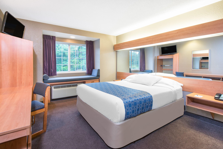 west virginia hazelton hotels