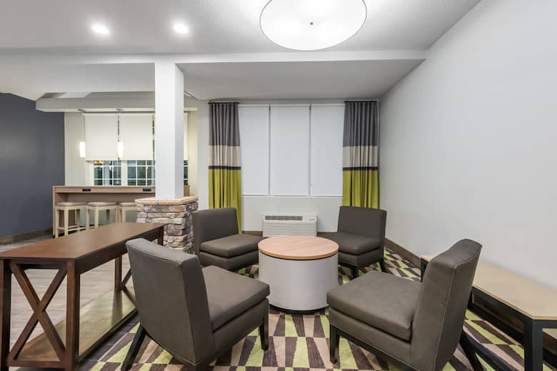 Microtel Inn Suites By Wyndham New Martinsville Hotel Lobby In West Virginia