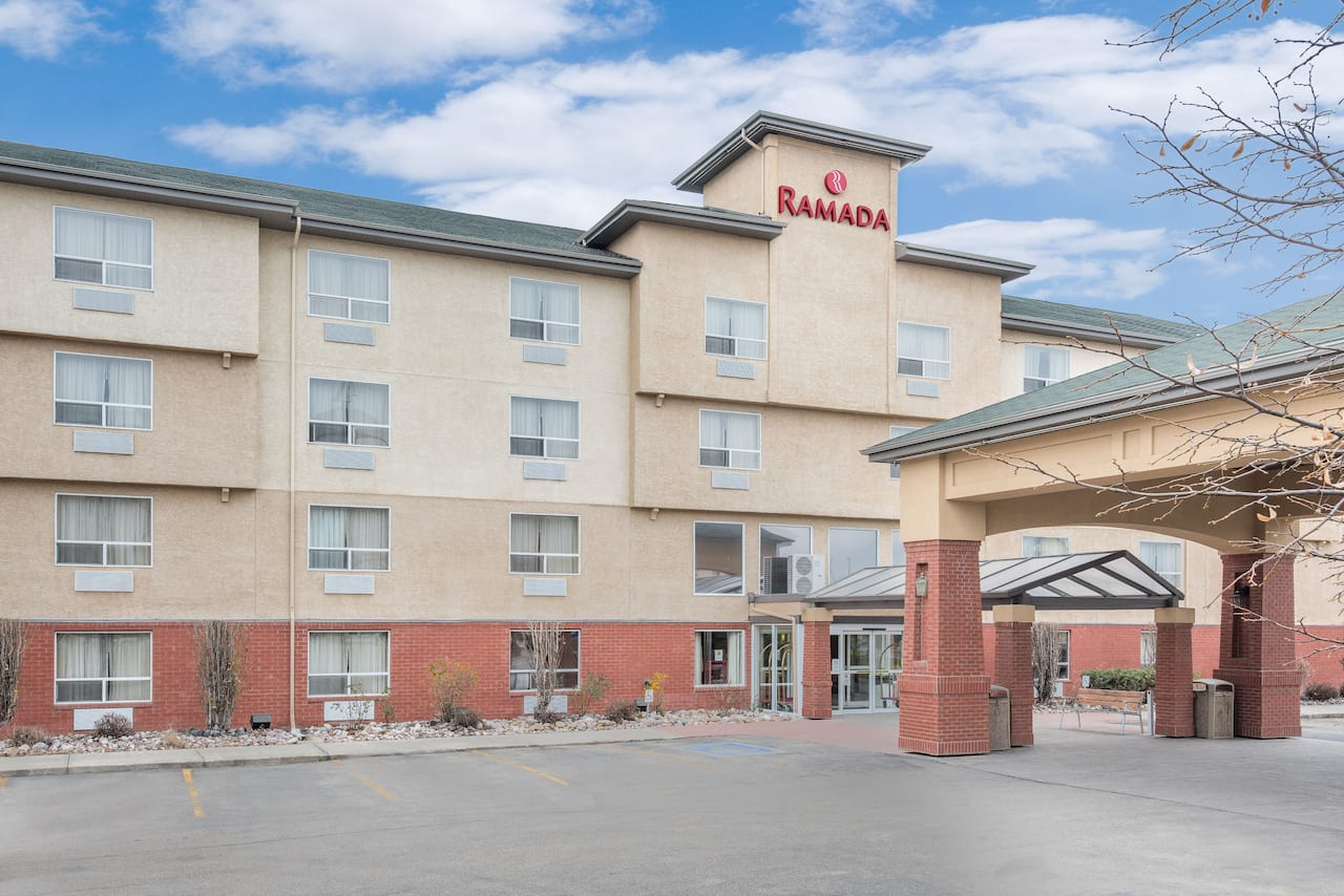 Ramada Edmonton West in  Leduc County,  Alberta