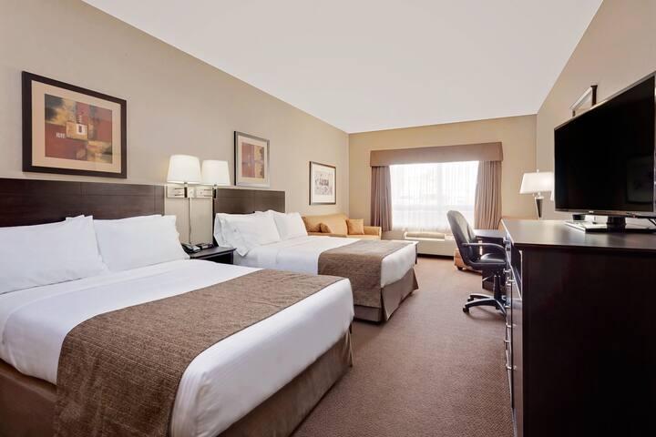 Guest room at the Ramada Stettler in Stettler, Alberta