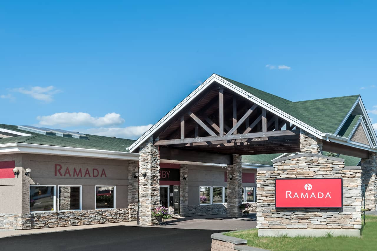 Ramada Stony Plain Hotel & Suites near River Cree Resort And Casino