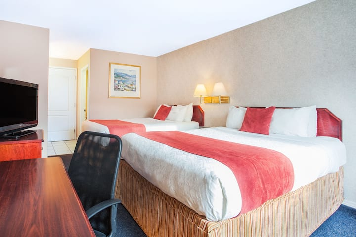 Guest room at the Ramada Limited 100 Mile House in 100 Mile House, British Columbia