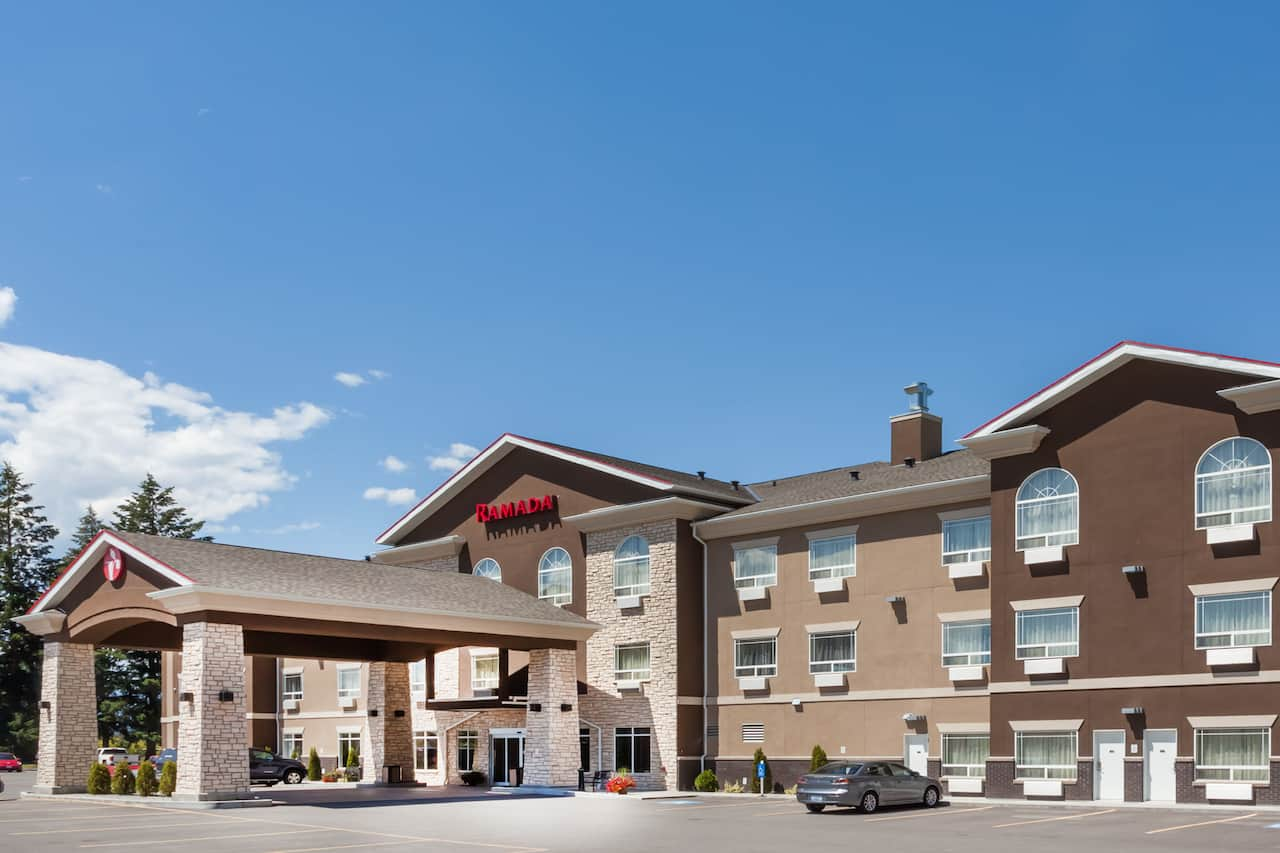 Ramada Creston in Creston, British Columbia