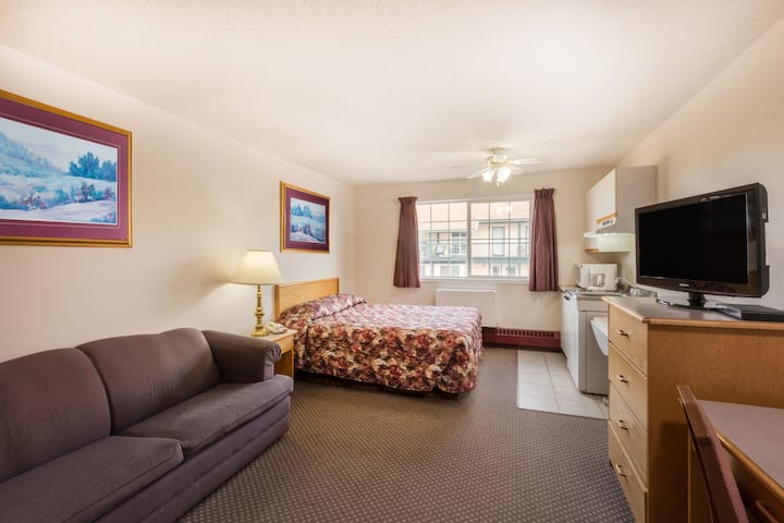 Guest room at the Ramada Limited Fort Nelson in Fort Nelson, British Columbia