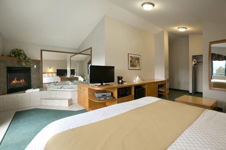 Ramada Limited Merritt suite in Merritt, British Columbia
