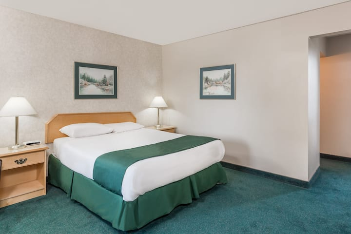 Guest room at the Ramada Limited Quesnel in Quesnel, British Columbia