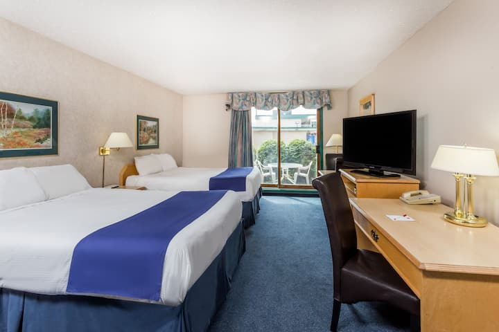 Ramada Limited Quesnel suite in Quesnel, British Columbia