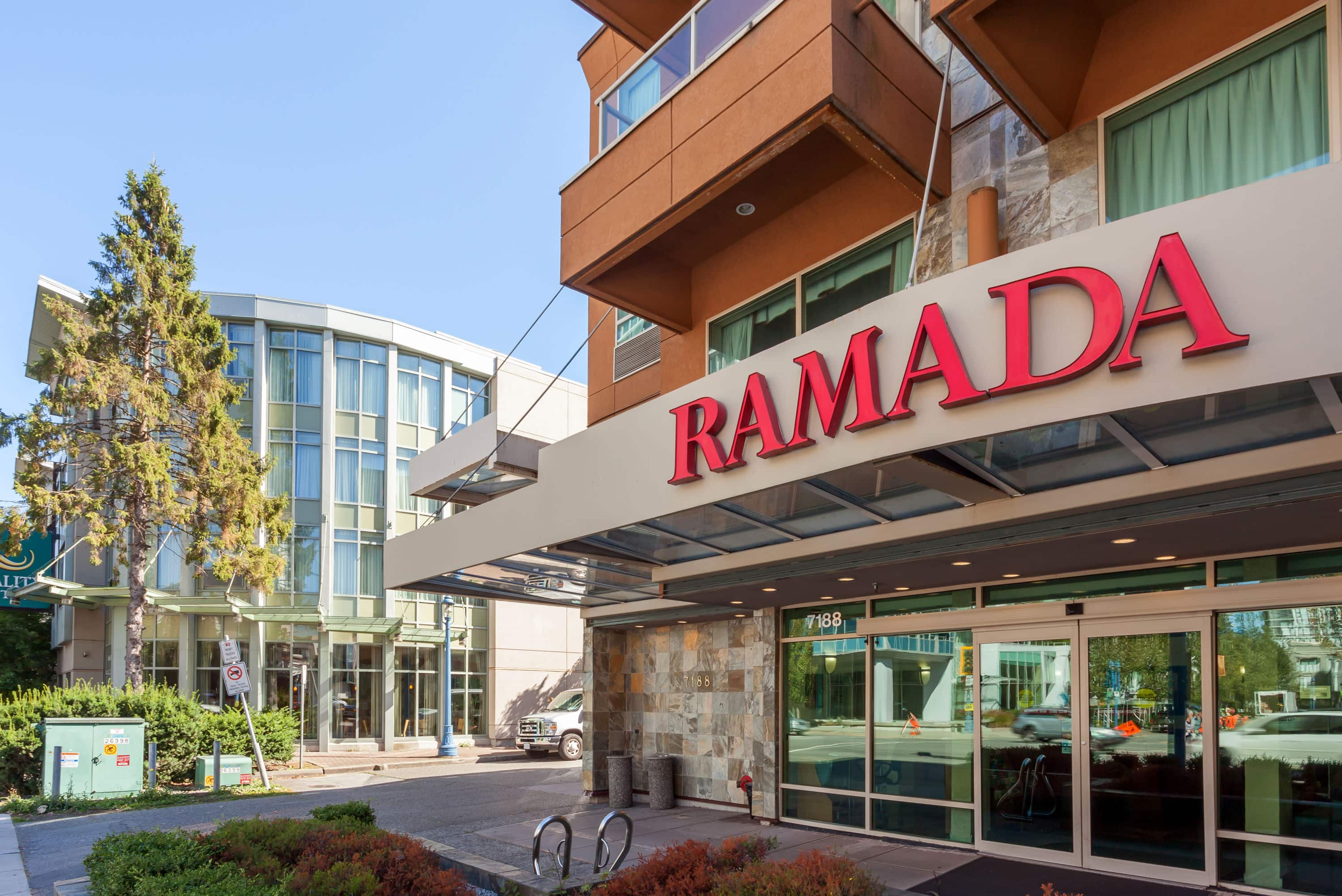 Ramada Limited Vancouver Airport Richmond Bc Hotels