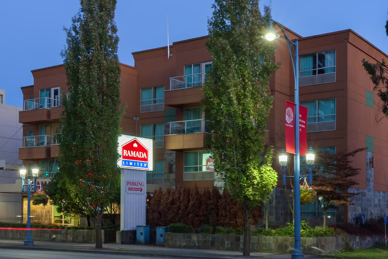 Ramada Limited Vancouver Airport in Richmond, British_Columbia