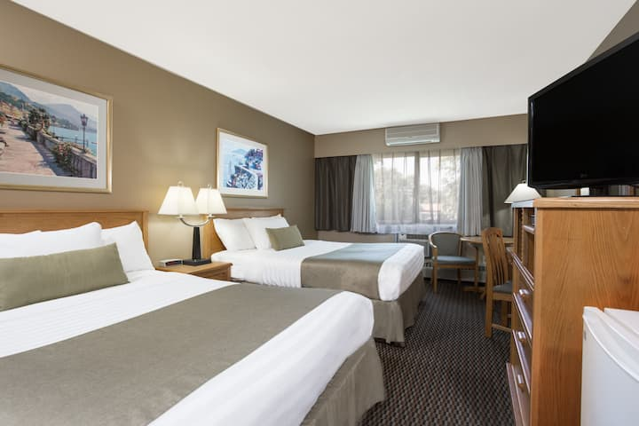 Guest room at the Ramada Victoria in Victoria, British Columbia