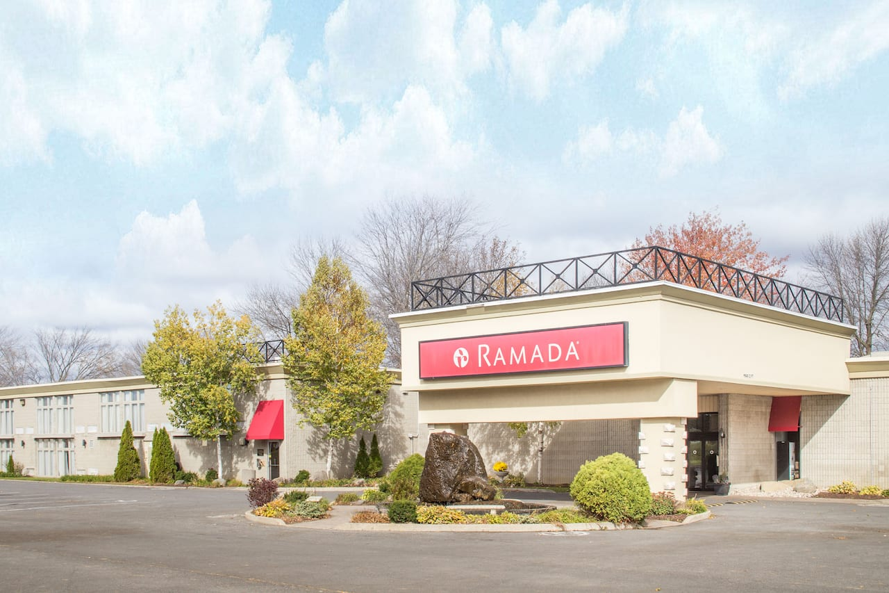 Ramada Cornwall in Moose Creek, Ontario