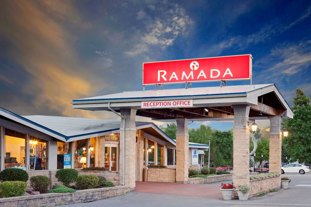 Ramada Gananoque Provincial Inn in Evans Mills, New York