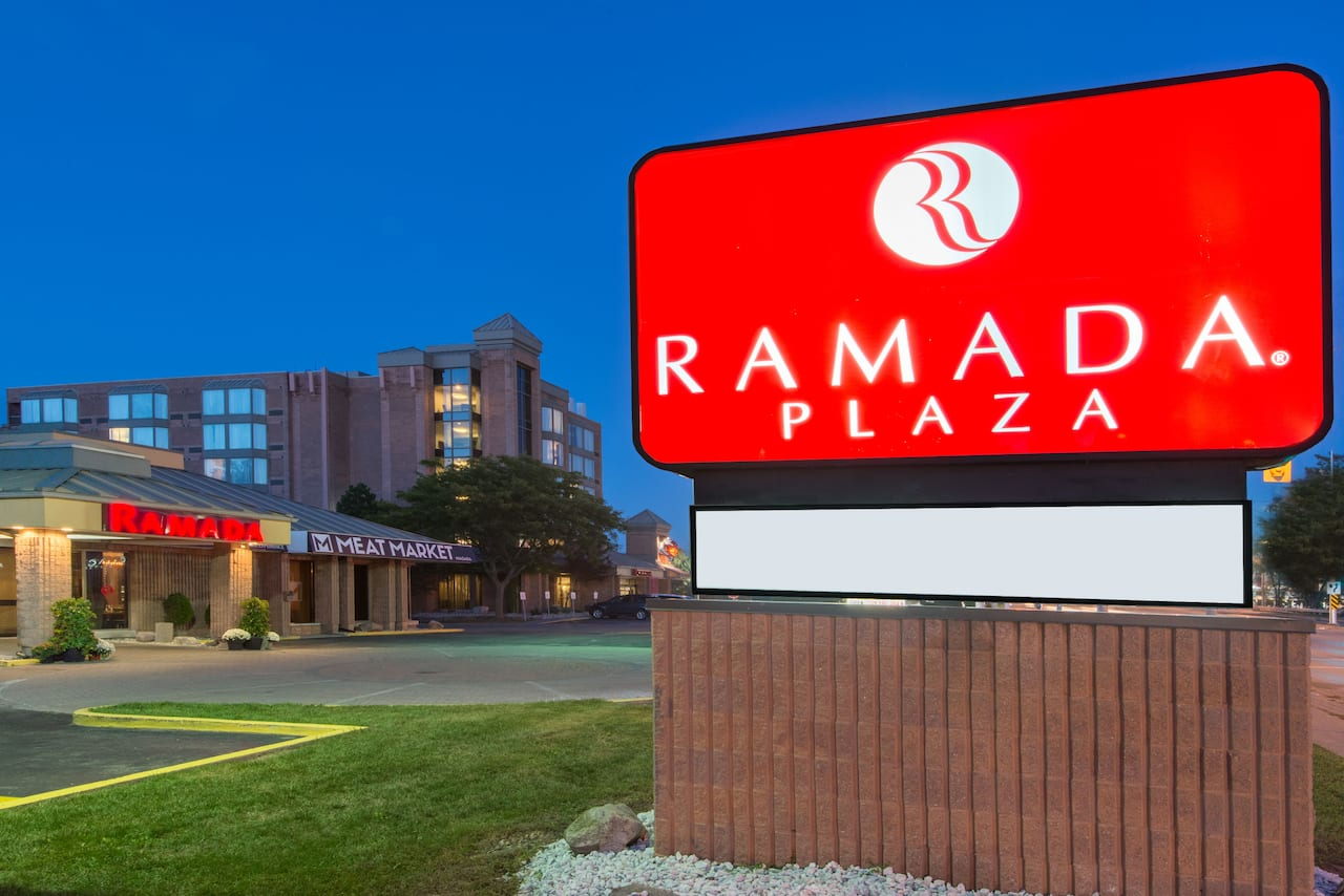 Ramada Plaza Niagara Falls in Buffalo, New York