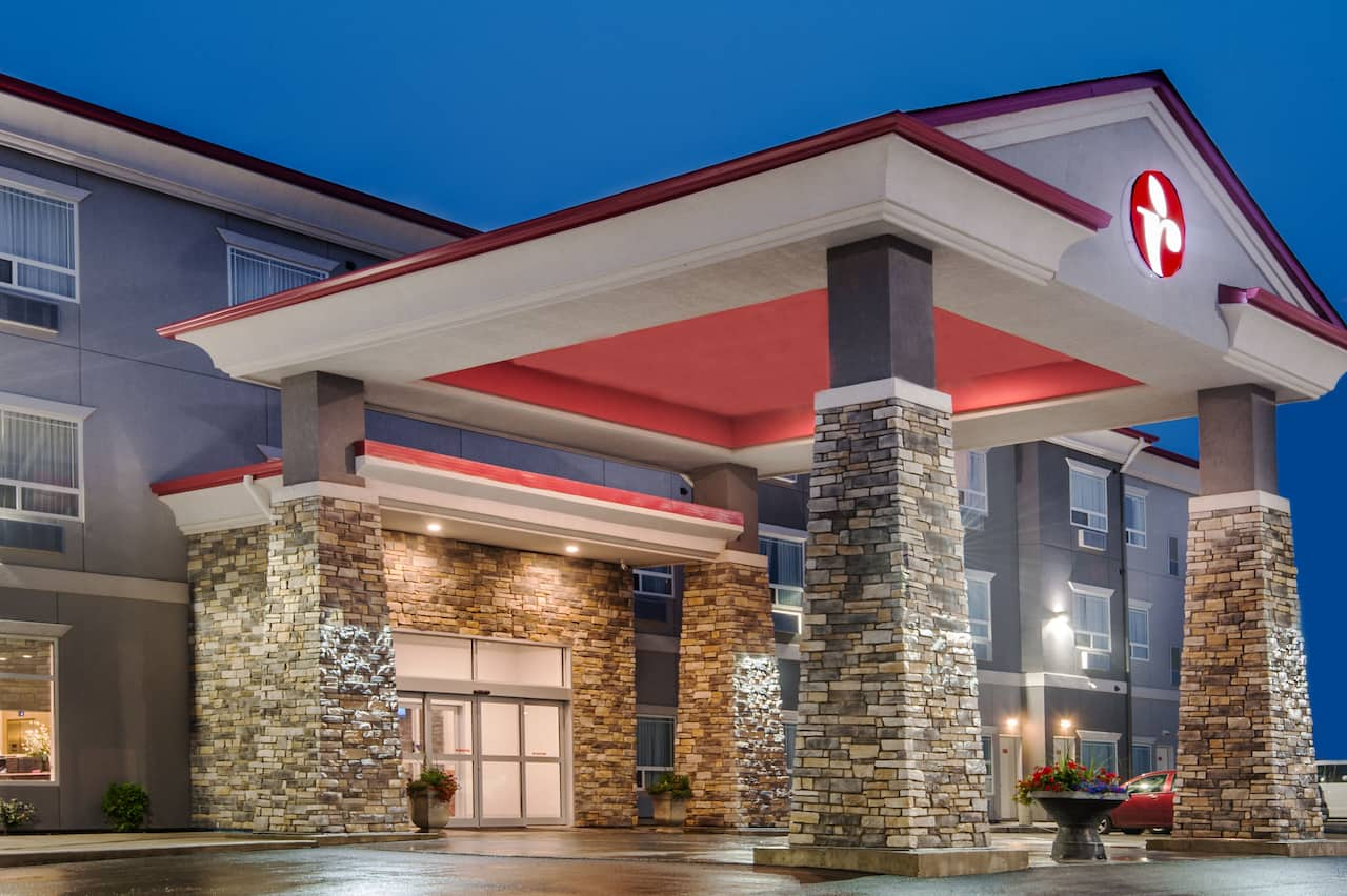 Ramada by Wyndham Moose Jaw in  Moose Jaw,  Saskatchewan