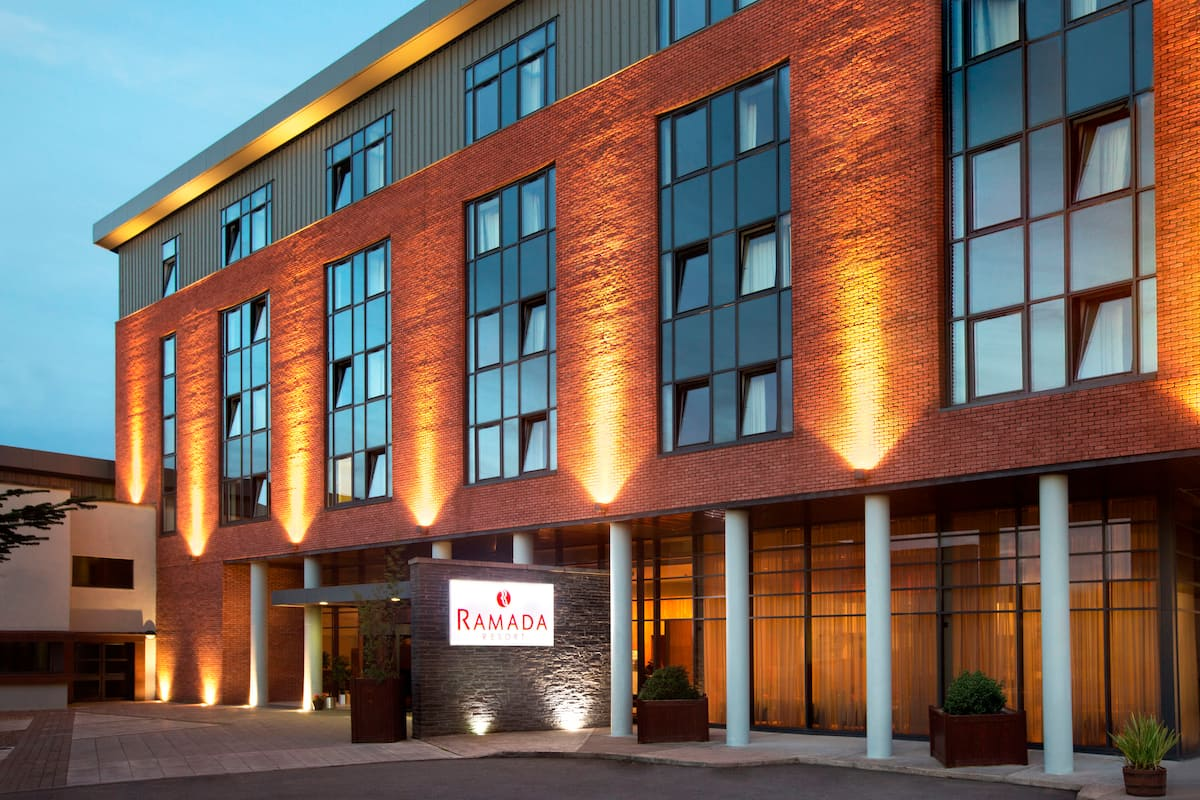 Exterior Of Ramada Resort Dundalk Hotel In Other Than Us Canada