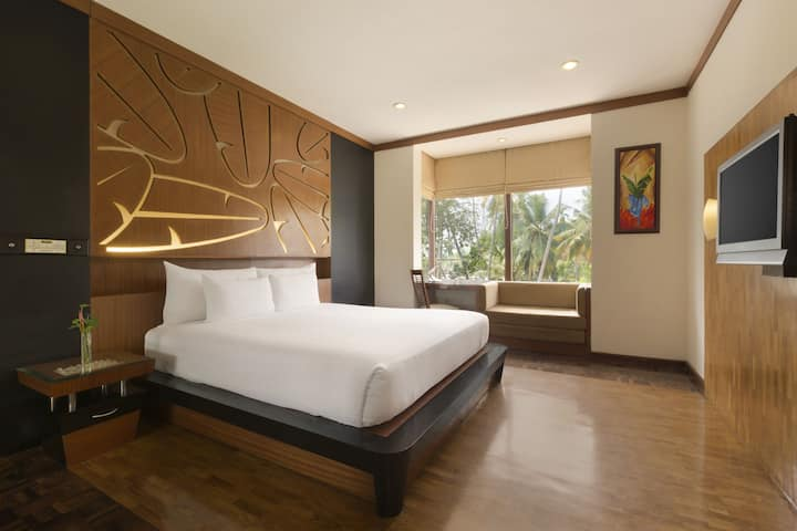 Guest room at the Ramada Resort Cochin in Cochin, Other than US/Canada