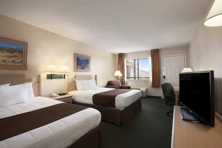 Guest room at the Ramada Glendale in Glendale, Arizona