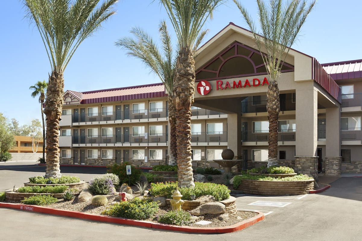 Exterior Of Ramada Tempe At Arizona Mills Mall Hotel In