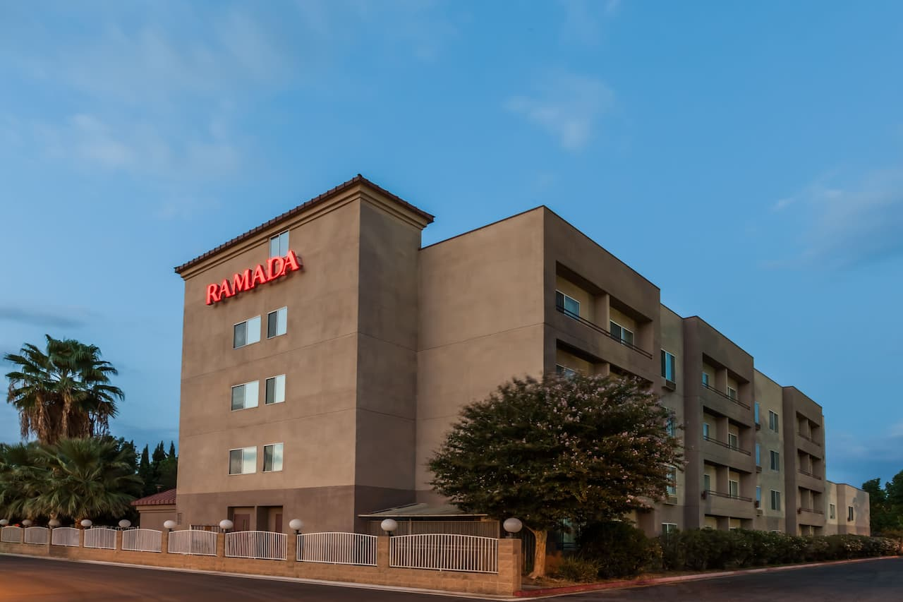 Ramada Limited Bakersfield North in  Wheeler Ridge,  California