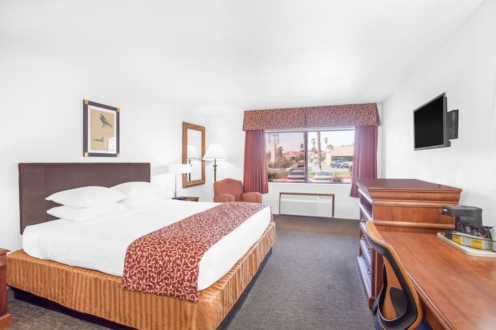 Guest room at the Ramada Barstow in Barstow, California