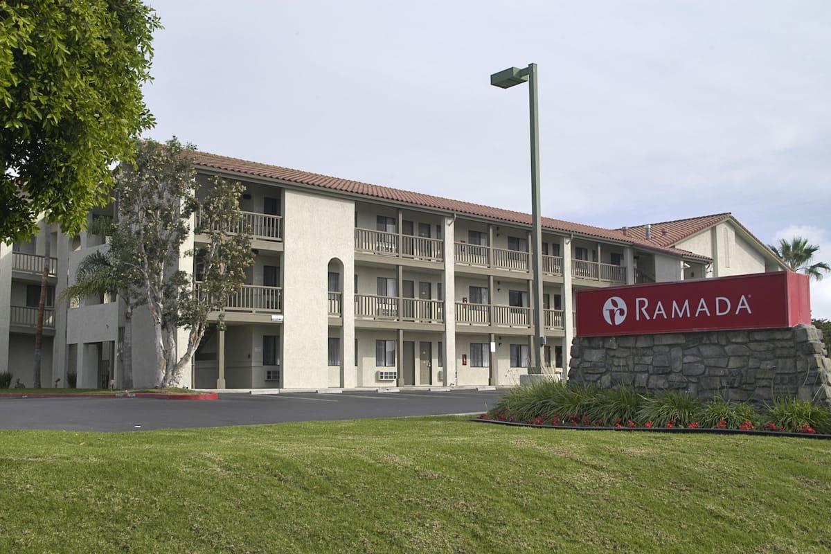 Exterior Of Ramada Carlsbad Hotel In California