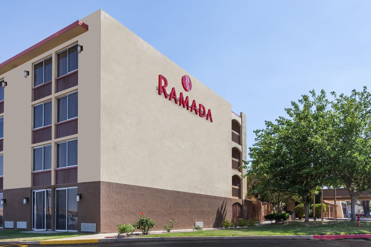 Ramada Palmdale in Palmdale, California