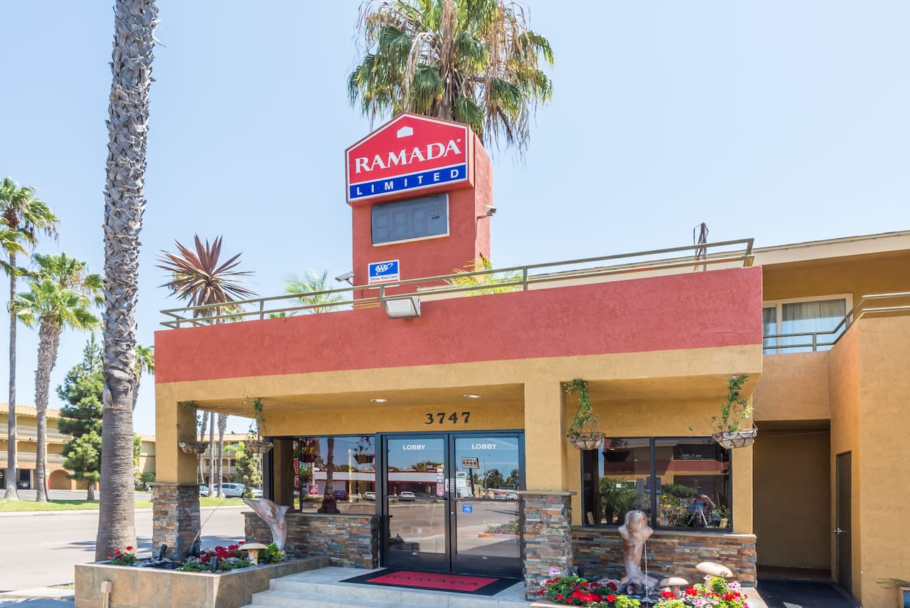 Ramada Limited San Diego/Near SeaWorld near American Comedy Co The