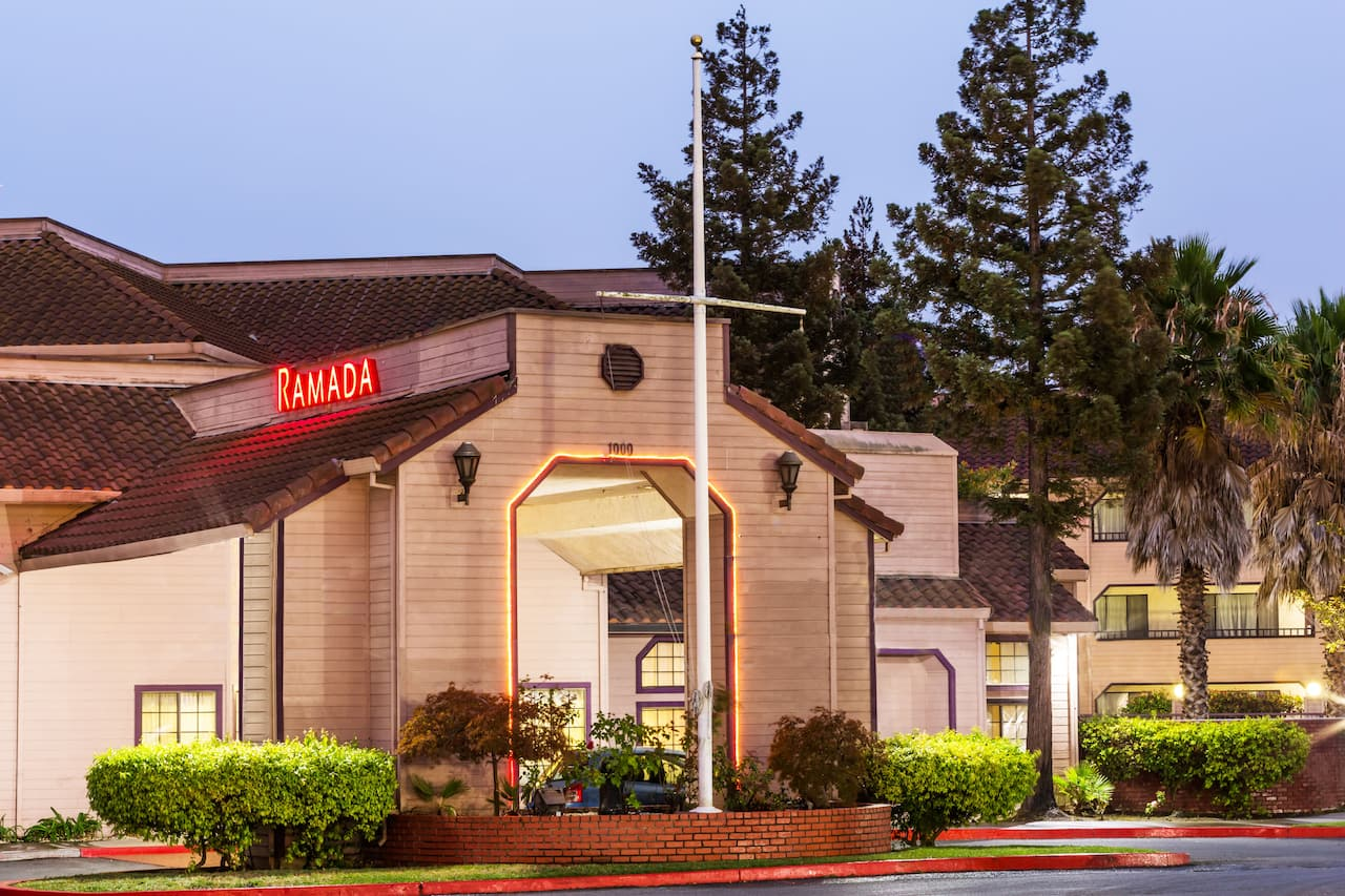 Ramada Vallejo Near Six Flags Discovery Kingdom in Pittsburg, California