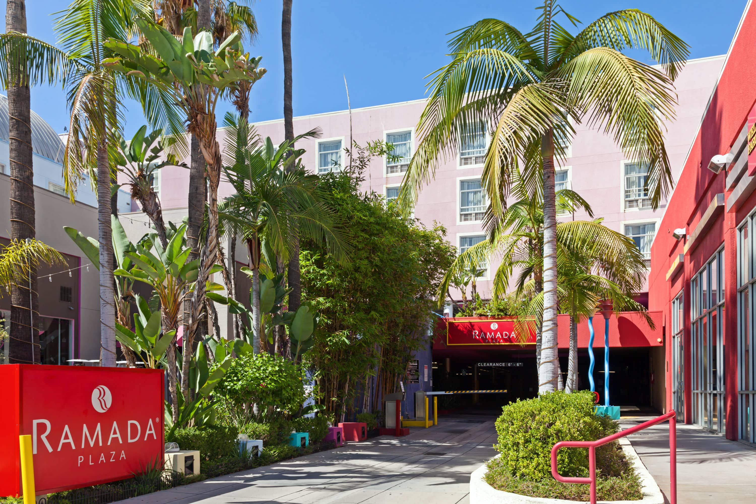Ramada Plaza by Wyndham West Hollywood Hotel & Suites | West