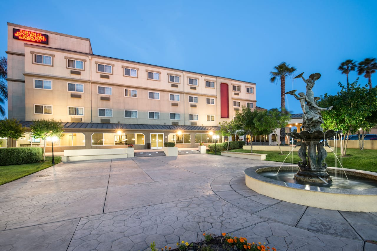 Ramada West Sacramento Hotel and Suites in Davis, California