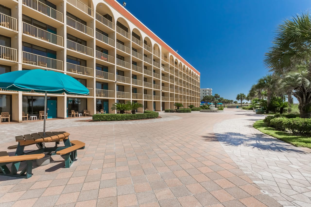 Ramada Plaza Fort Walton Beach Resort/Destin in Navarre, Florida