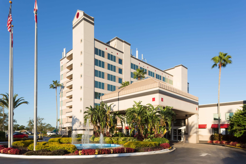 Ramada by Wyndham Kissimmee Gateway   Kissimmee, FL Hotels