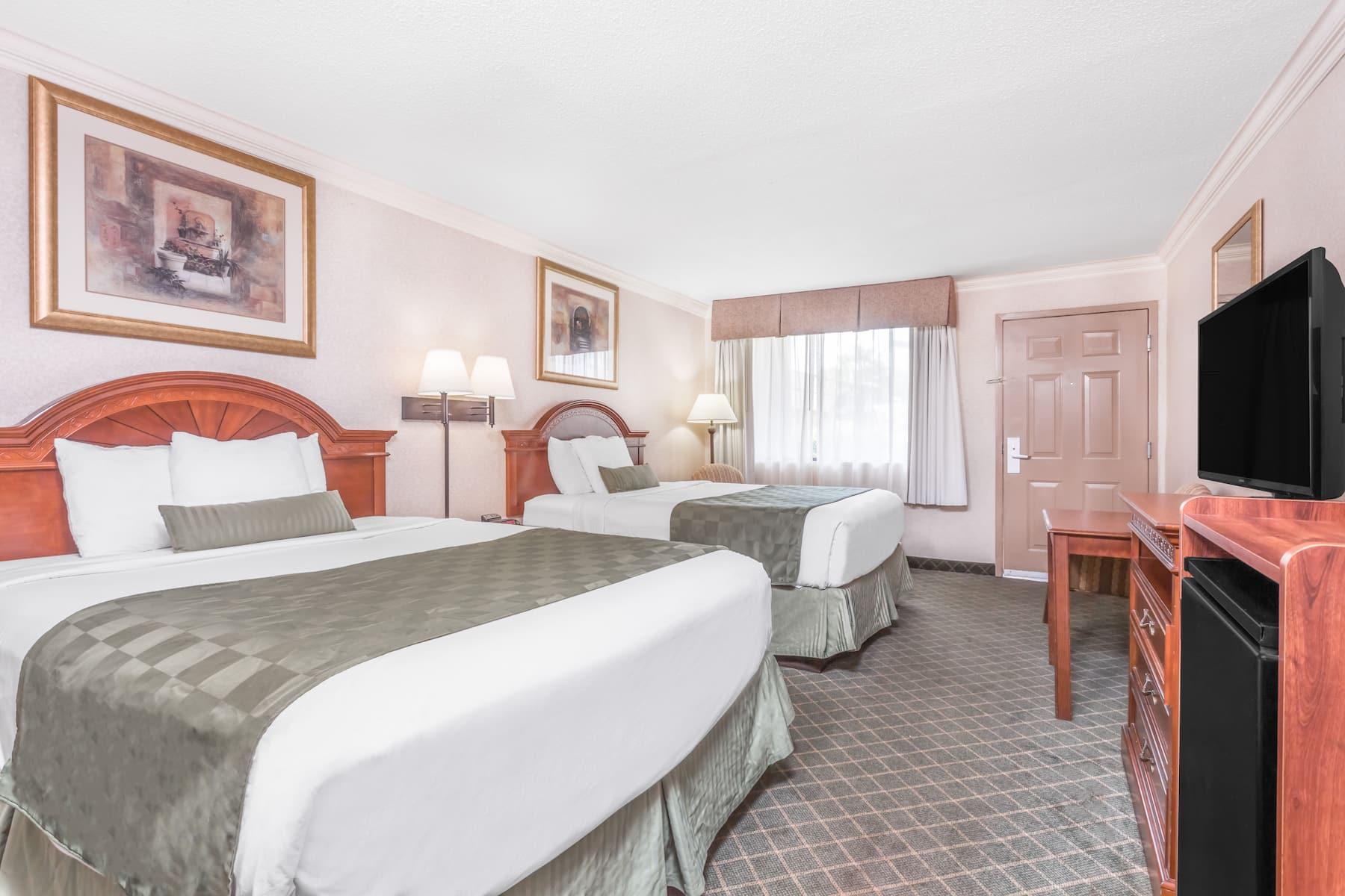 Ramada By Wyndham Macon Macon Ga Hotels