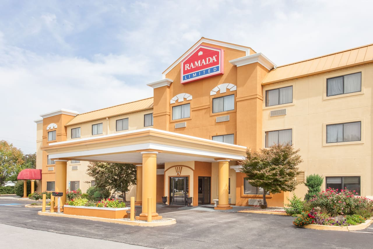 Ramada Limited Decatur in  Waynesville,  Illinois