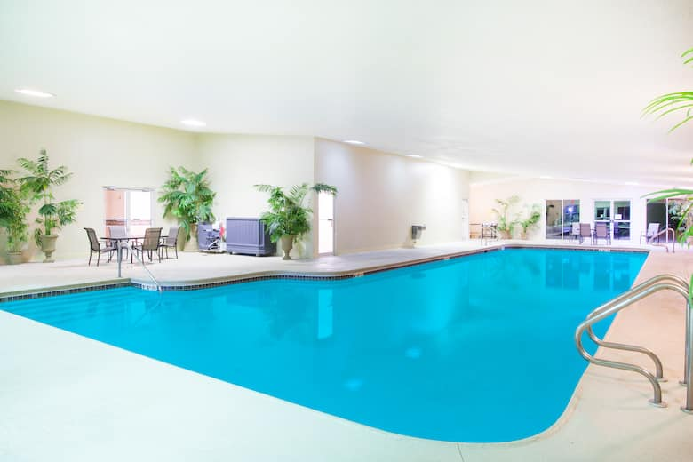 Pool At The Ramada By Wyndham Galena Hotel And Day Spa In Illinois