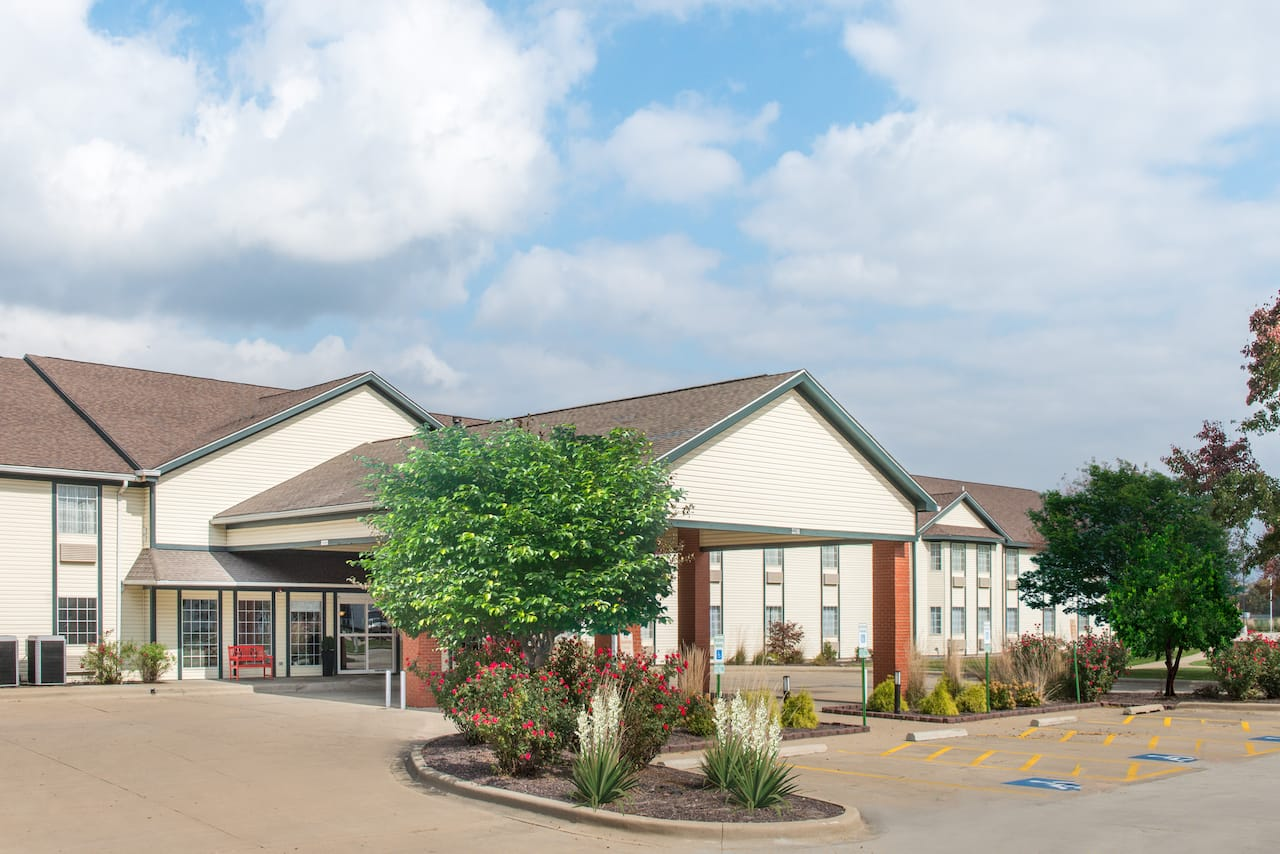 Ramada Springfield North in Springfield, Illinois